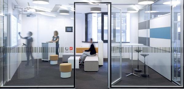 Spatio Aménagement conçoit le design de vos espaces de travail, pour favoriser les pratiques agiles et le travail collaboratif.